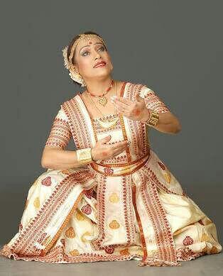 Sattriya dancers
